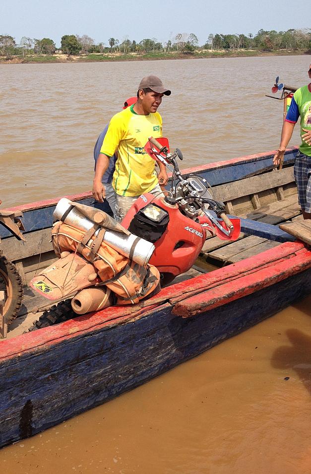 giant-loop-coyote-saddlebag-boliviamotors-7