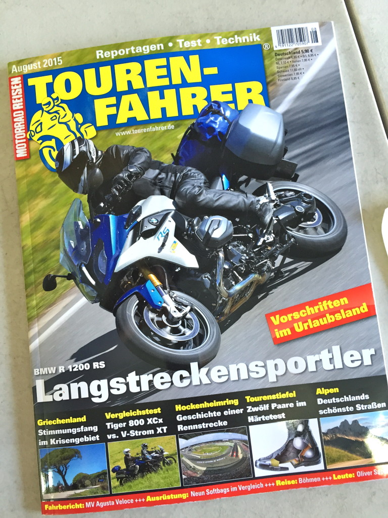 "Giant Loop's Siskiyou Panniers in Germany's Touren-Fahrer magazine's ""W8-Watchers"" universal softbags buyers guide"